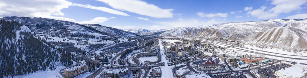 There are several excellent ski rental delivery companies in Vail Valley. They're experts in local skiing and have everything you need for an awesome ski vacation.
